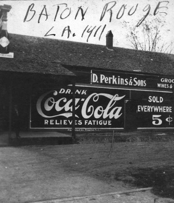 Covered roadside grocery store. Baton Rouge, LA 1911