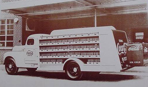 Coca Cola Alabama Bottling Delivery Truck 1940's