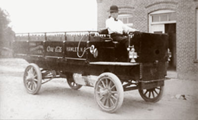 Coca-Cola truck from 1908