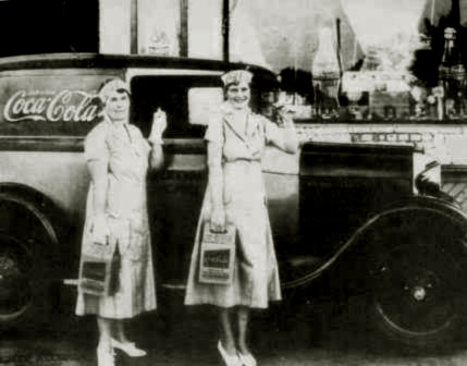 Coca Cola Truck 1930's 2 Ladies with Handy 6 pack